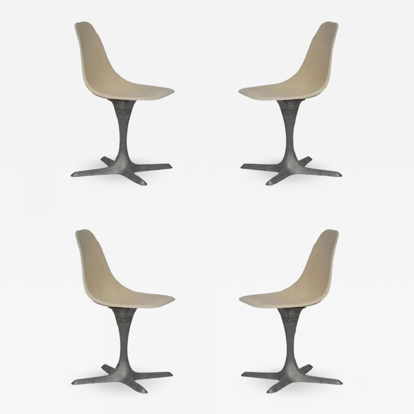 Eggshell Chair Set Of 4 American 70 S Brushed Aluminum And Eggshell Chairs