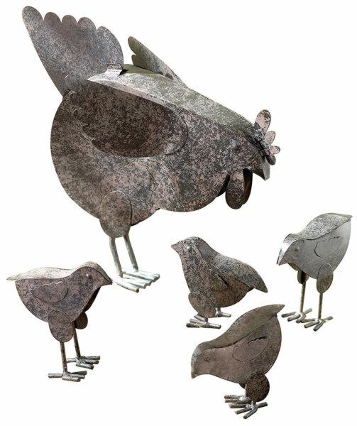 Mother hen and chicks sculpture