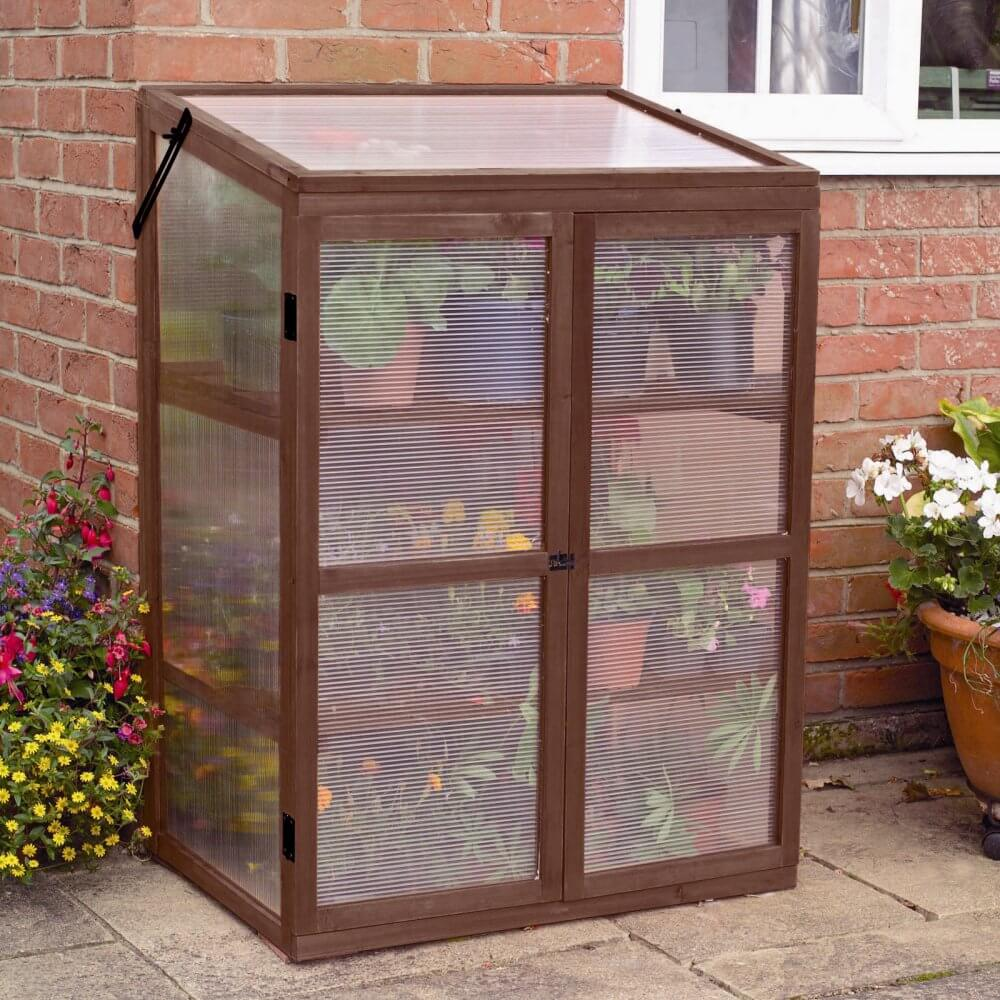 25 small greenhouses for nearly any
