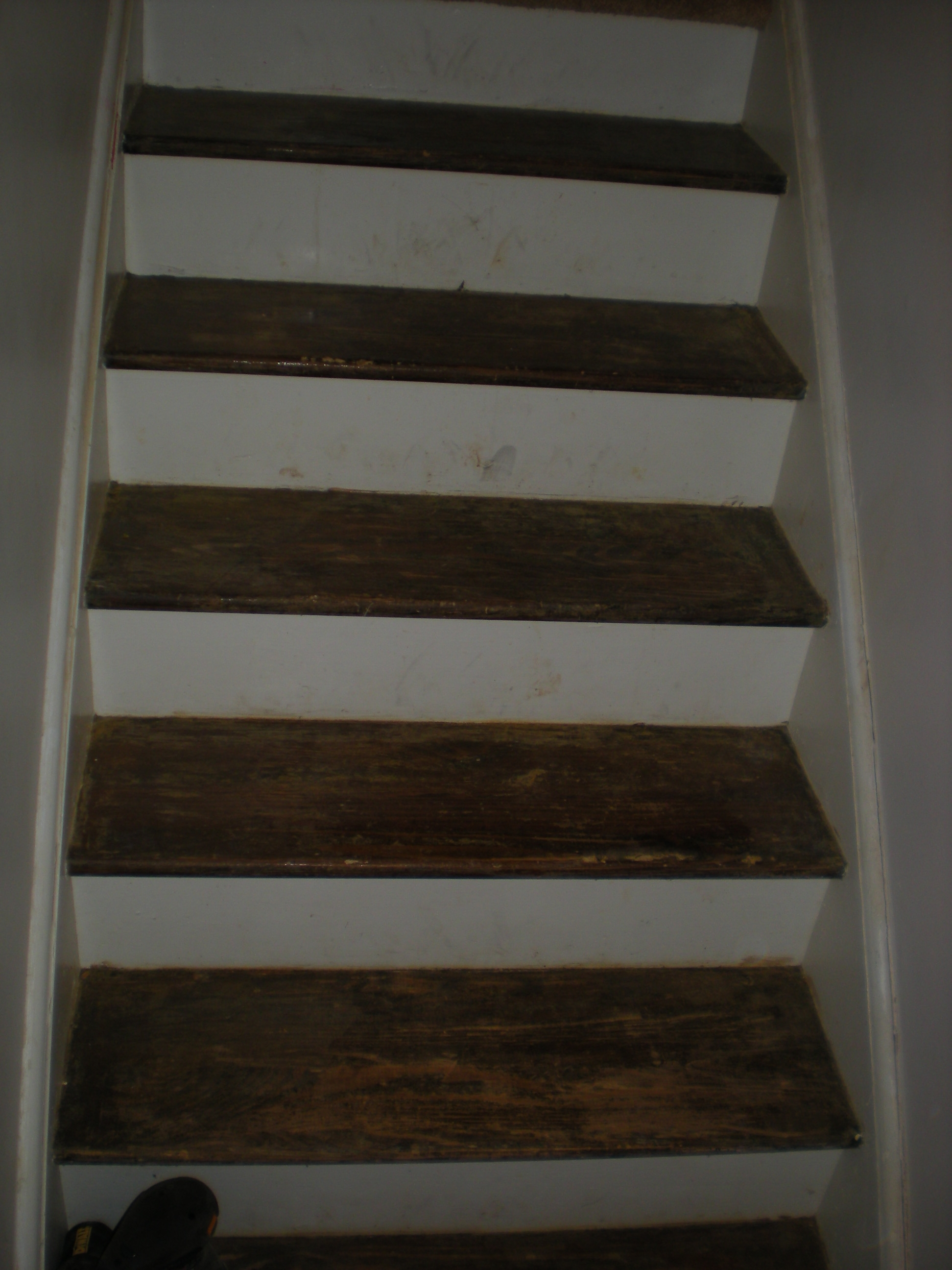 Refinishing An Hardwood Staircase 8 Steps With Pictures | Stripping Stairs Back To Wood | Paint Remover | Stair Risers | Stair Treads | Steps | Hardwood