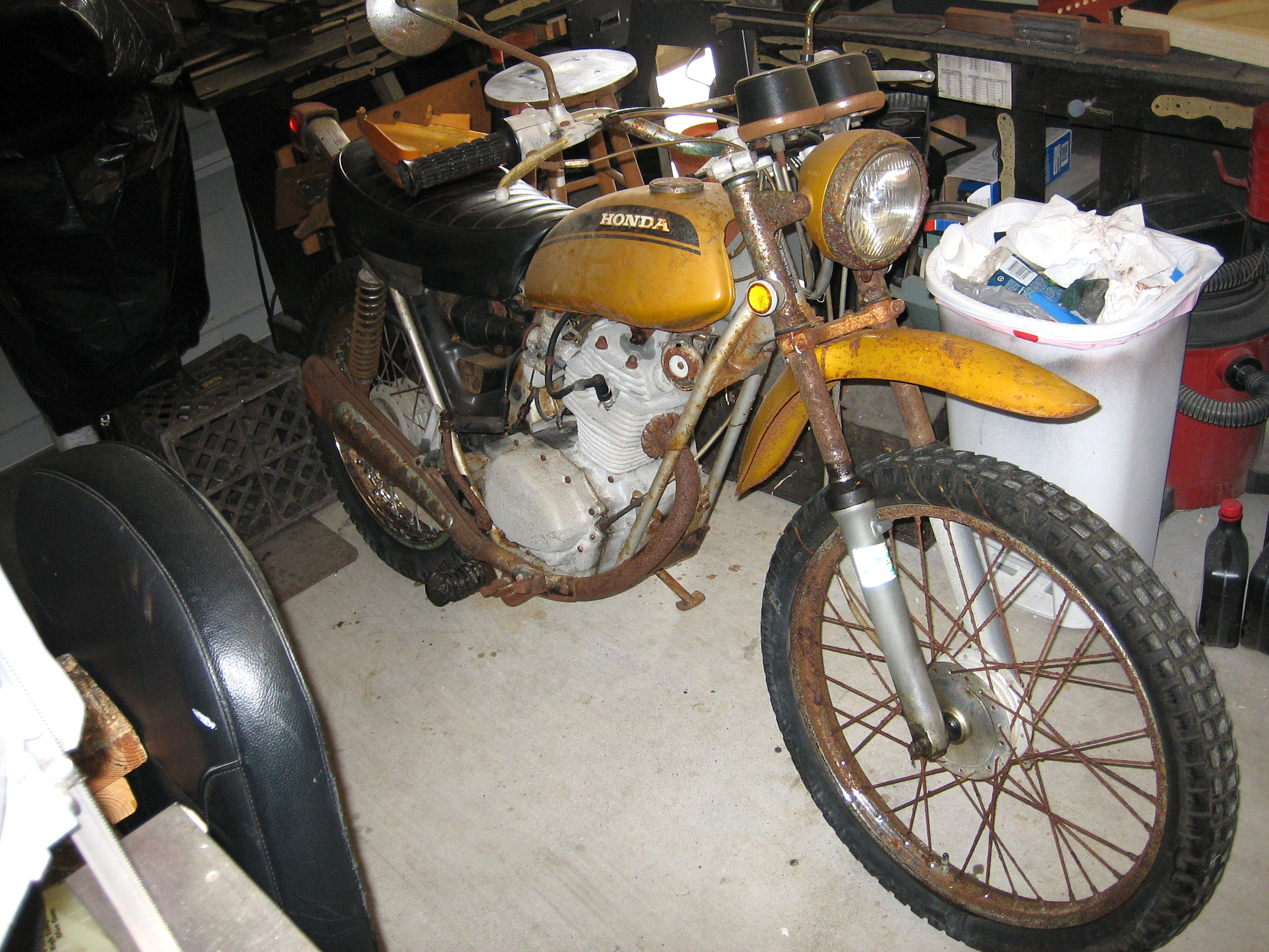 hight resolution of resurrecting a 38 year old motorcycle