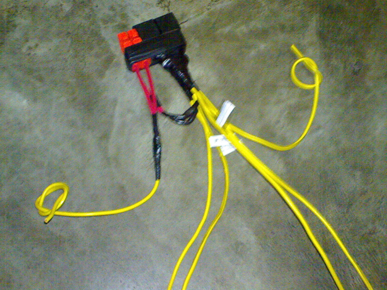 medium resolution of 2 prong headlight plug wiring