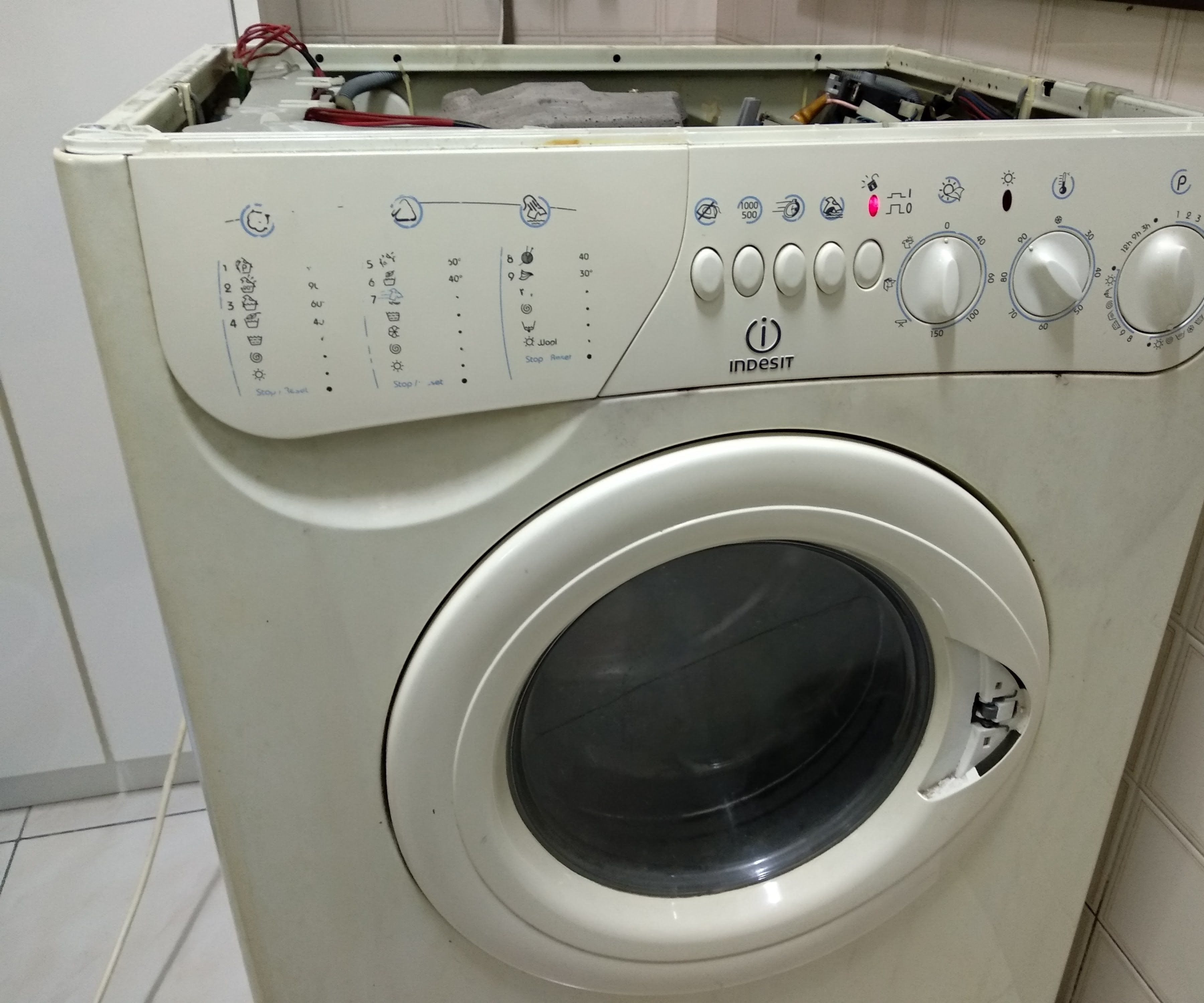 hight resolution of how easy it was to repair the electronics of my washing machine
