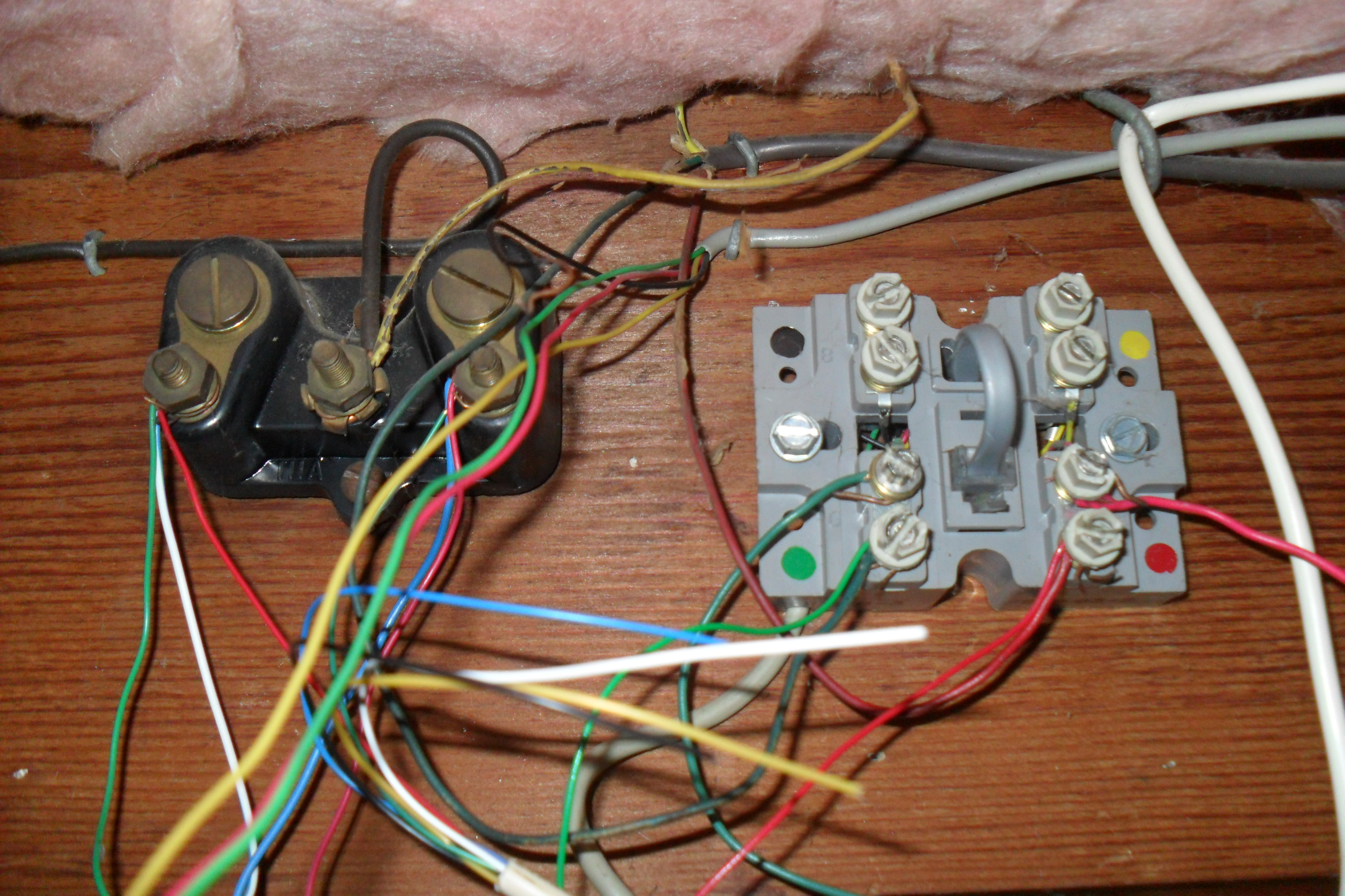 how to organize an old telephone home wiring block telephone wiring connector block [ 3984 x 2656 Pixel ]