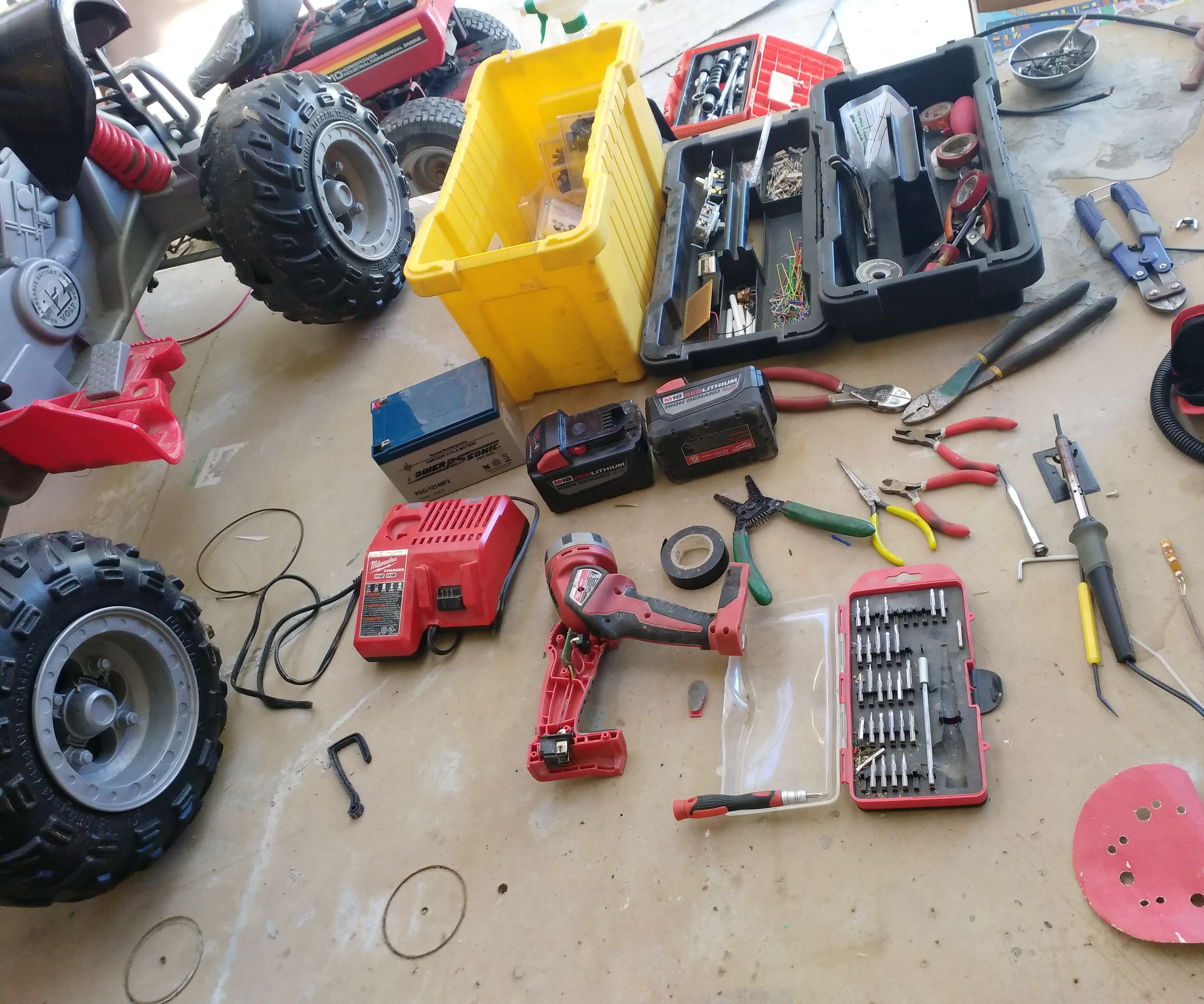 converting power wheels to run on 18v lithium tool batteries [ 2100 x 1750 Pixel ]