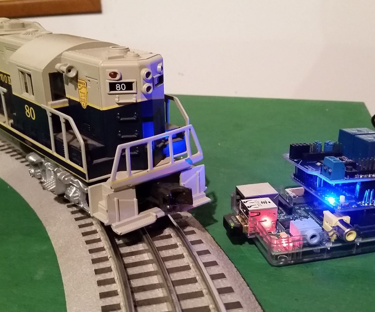 hight resolution of control a lionel train with a raspberry pi