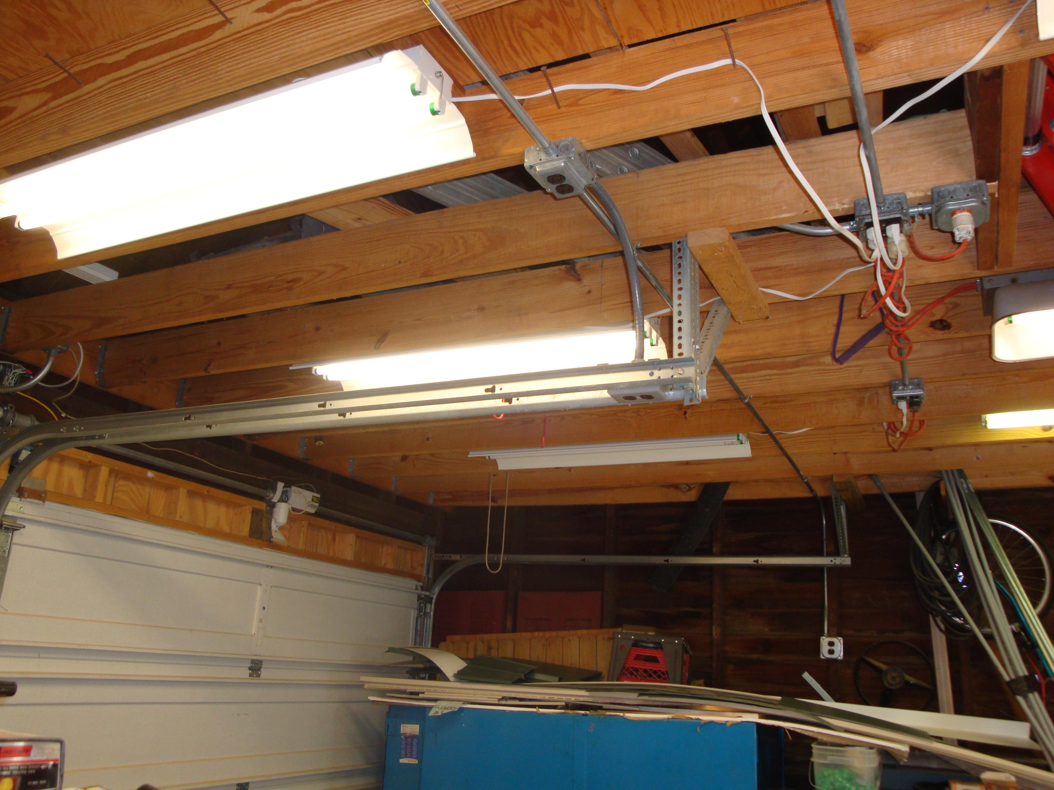wiring fluorescent lighting in garage [ 2100 x 1575 Pixel ]