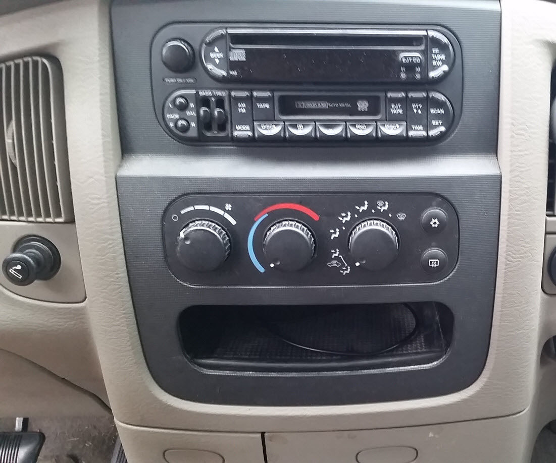 ford transit connect 2nd generation 2015 fuse box usa version [ 1101 x 918 Pixel ]