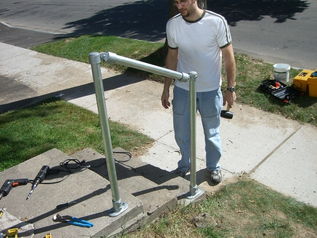 How To Build A Simple Handrail 7 Steps With Pictures   Galvanized Pipe Stair Railing   Garden   Plumbing Pipe   Water Pipe   Box Pipe   Deck