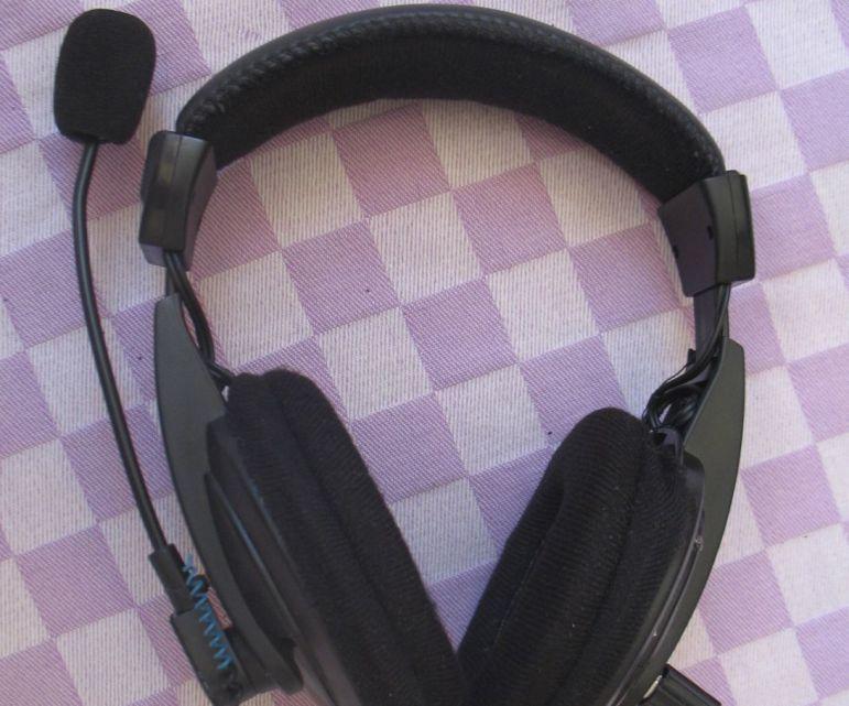 Headset Telepon Bluetooth-FM-