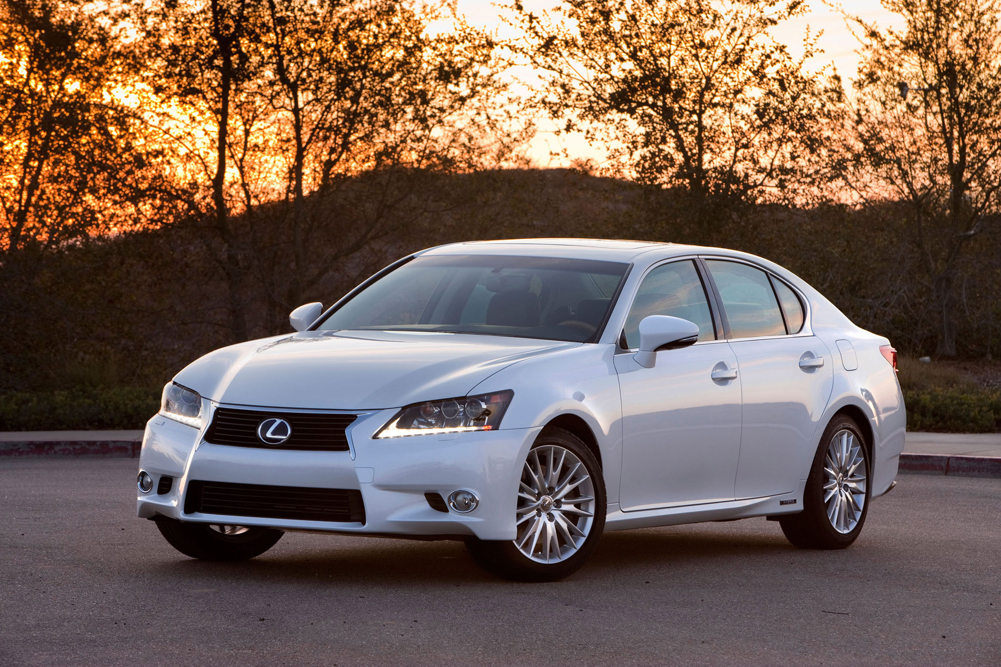 Lexus GS 450h F Sport & Possible Lexus GS F ing Soon Japanese