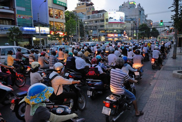 If current urbanisation trends continue, an additional 500 million people could be living in cities in the Asia-Pacific region by 2020. Credit: Padmanaba01/CC-BY-2.0