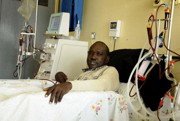 Patient undergoing dialysis treatment at Mulago Hospital in Kampala. Credit: Rebecca Vassie
