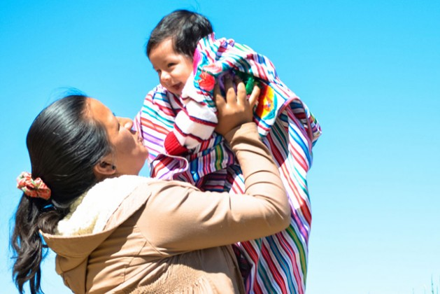 Peru is carrying out a strategy to eliminate mother-to-child-transmission of hepatitis B. The most important preventative intervention is the universal vaccination, which can prevent infection in 95 per cent of cases. Photo credit: PAHO