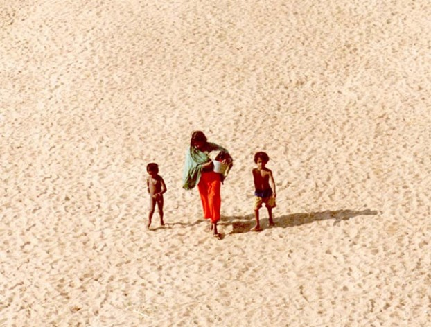 """""""No one can deny the terrible similarities between those running from the threat of guns and those fleeing creeping desertification, water shortages, floods and hurricanes,"""" Konrad Osterwalder, the United Nations University. Photo: UNCCD"""