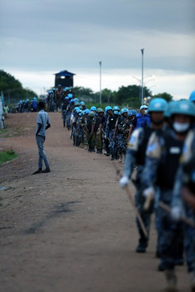 Peacekeepers and UN police officers (UNPOL) with the UN Mission in South Sudan (UNMISS). Credit: UN Photo/Eric Kanalstein
