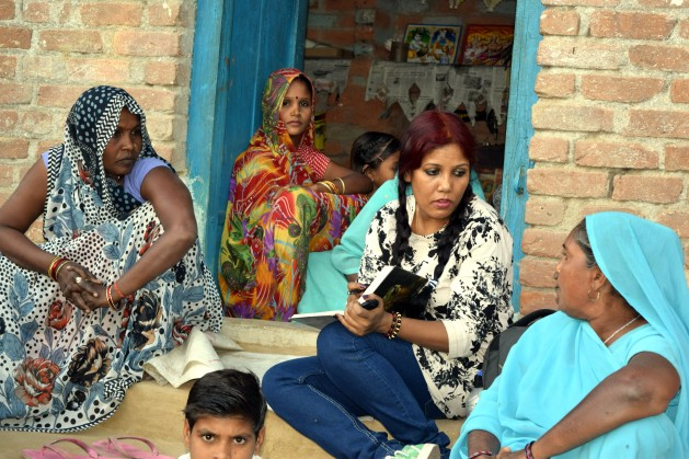 Paul interviews Dalit women in Hamirpur - a district in Northern India. All of these women have been abandoned by their husbands who fled to escape drought. Credit: Stella Paul / IPS.