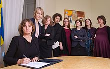 In 2017, the Swedish climate law is signed by Isabella Lövin, with other female cabinet members.