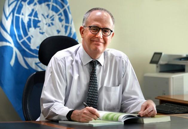 Julio Berdegué, FAO regional representative for Latin America and the Caribbean, in his office in Santiago. Credit: Maximiliano Valencia/FAO