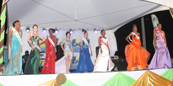 Miss Easterval 2013 Contestants In Their Evening Wear.