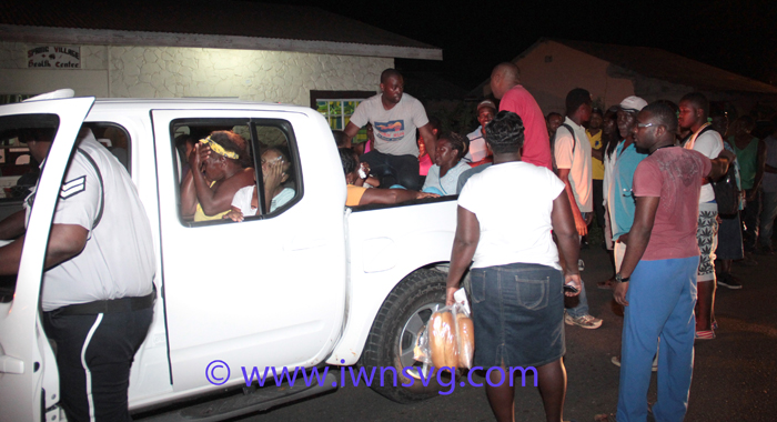 Police Prepare To Transport Injured Persons From Spring Village To The Milton Cato Memorial Hosptal In Kingstown. (Iwn Photo)