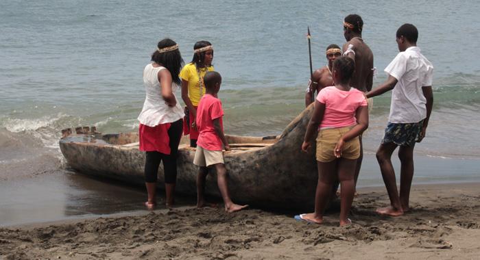 0321 Garifuna Canoe