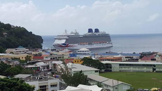 Cruise Ship Photos By Lance Neverson