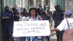 Police Strugggle