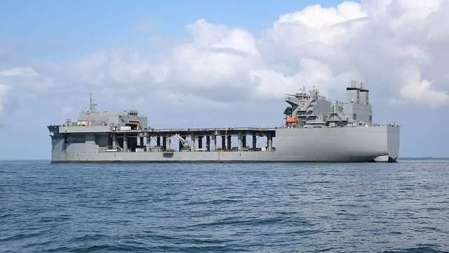Американская морская экспедиционная база класса Льюиса Б. ПуллераUSS Hershel «Woody» Williams
