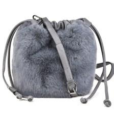 Γκρι γούνινη τσάντα πουγκί με Η18038