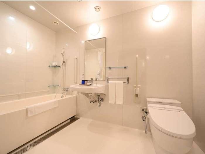 ホテルJALシティ東京豊洲のユニバーサルツイン(バスルーム)