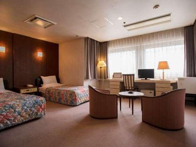 【ホテル京都エミナース】ホテル棟 4Fツイン ・バリアフリー(27.4平米) 禁煙