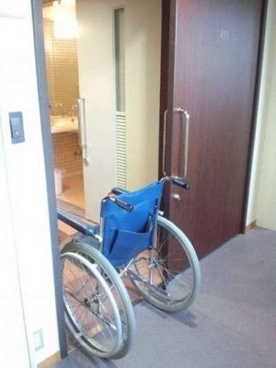 【ホテルふせじま】バリアフリー対応和洋室の入り口