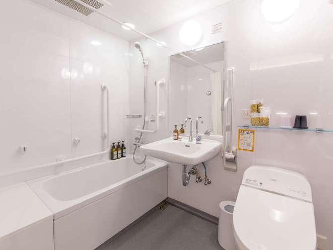 【ホテル エムズ・プラス四条大宮】ユニバーサルツイン(禁煙・24平米)バスルーム