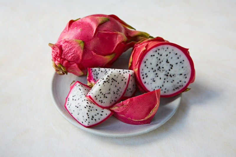 Tropical-Fruits_Dragon-Fruit_5756_preview