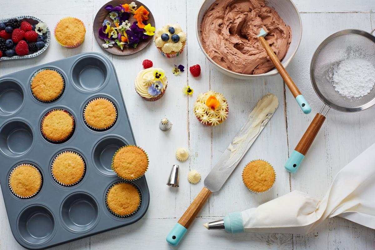 How To Make Perfect Vanilla Cupcakes