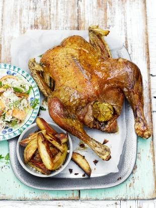 Recette Fish And Chips Jamie Oliver : recette, chips, jamie, oliver, Super, Roast, Chicken, Jamie, Magazine, Recipes