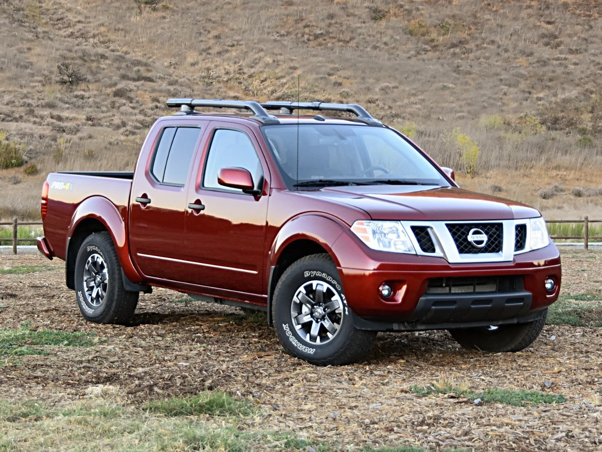 2020 nissan frontier review