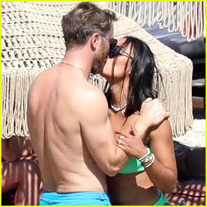 David Guetta Flaunts PDA with Girlfriend Jessica Ledon During Trip to Greece!