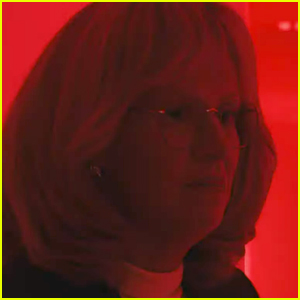 Sarah Paulson Looks Unrecognizable as Linda Tripp in New 'American Crime Story: Impeachment' Teaser - Watch Now!