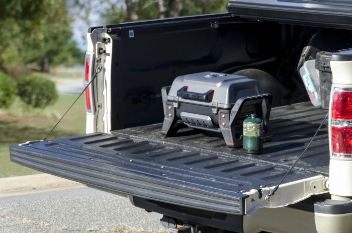 Char-Broil's Portable Grill2Go® X200