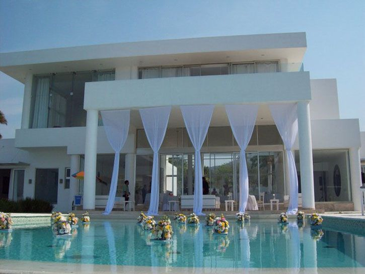 Villa From Bradley Cooper Film Limitless a Perfect