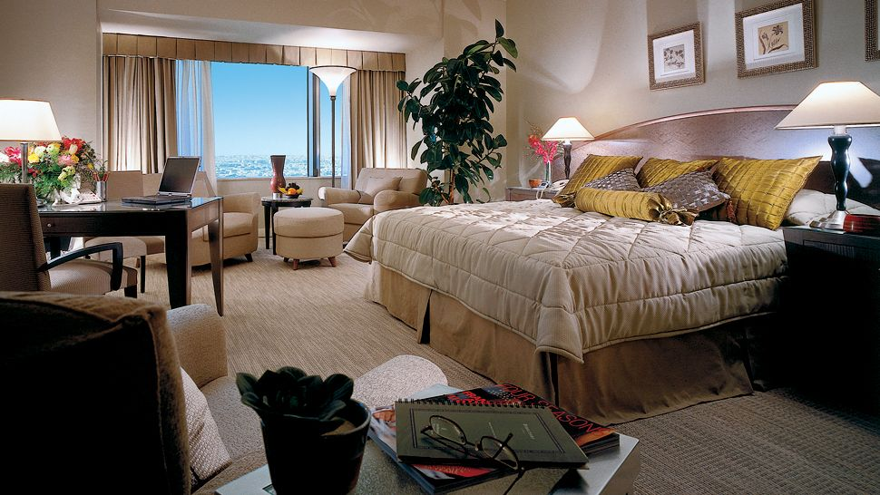Four Seasons Hotel Riyadh at Kingdom Centre Al Riyadh
