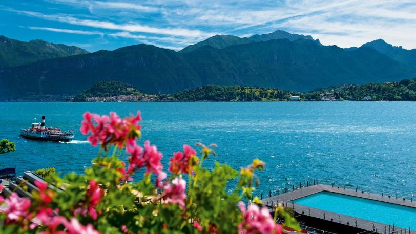 must visit lakes 2017 , world's best lakes to visit