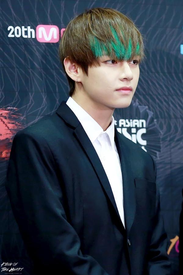 BTS Tae Hyung Green Hair