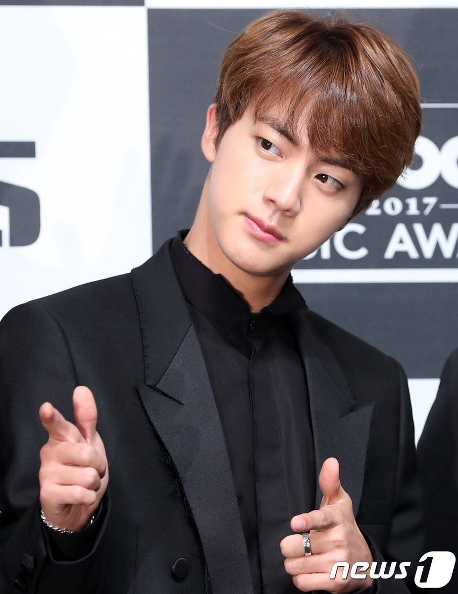 https://i0.wp.com/cdn.koreaboo.com/wp-content/uploads/2017/05/jin-5.jpg