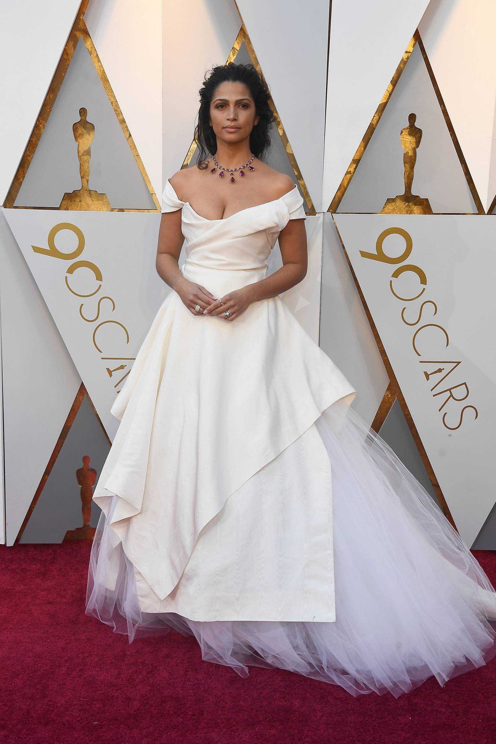 oscars 2018 fashion roundup our favorite wedding worthy looks los angeles gallery item 19