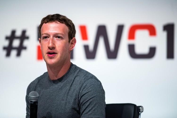Mark Zuckerberg muestra su asistente con inteligencia artificial