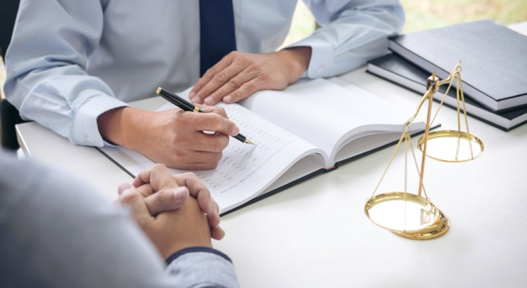 The Downfall Of Traditional Law Firms The Struggle In Findi