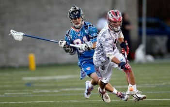 lacrosse pros using their offensive lacrosse head